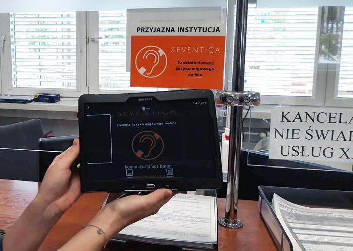Przyjazna instytucja - w UMiG Piaseczno działa tłumacz języka migowego online